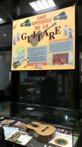 Exposition Une histoire de Guitare Médiathèque 130215 (1)