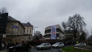 Rassemblement Je suis Charlie Devant Mairie 100115 (1)