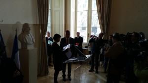 Signature Pacte culturel Bourges 300415 (6)