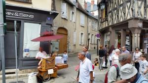 Le Ptit Montmartre Rue Bourbonnoux Bourges 130615 (10)