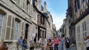 Le Ptit Montmartre Rue Bourbonnoux Bourges 130615 (9)