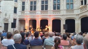 Soirée Patrimoine et Musique Palais Jacques Coeur Bourges 150715 (7)