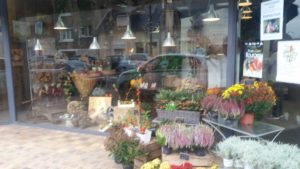Vernissage Exposition Fleurs Campagne 041019 (1)