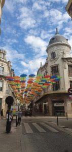 Umbrella Sky Rue Moyenne 140720 (3)