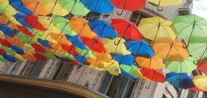 Umbrella Sky Rue Moyenne 140720 (5)